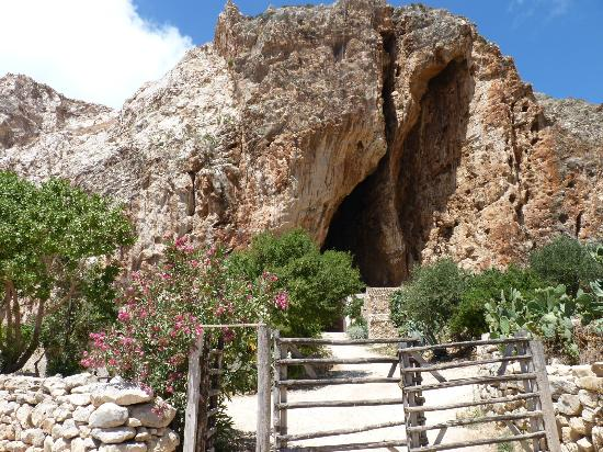 grotta-mangiapane
